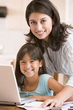 If you are a mom, working at home can be ideal for the whole family